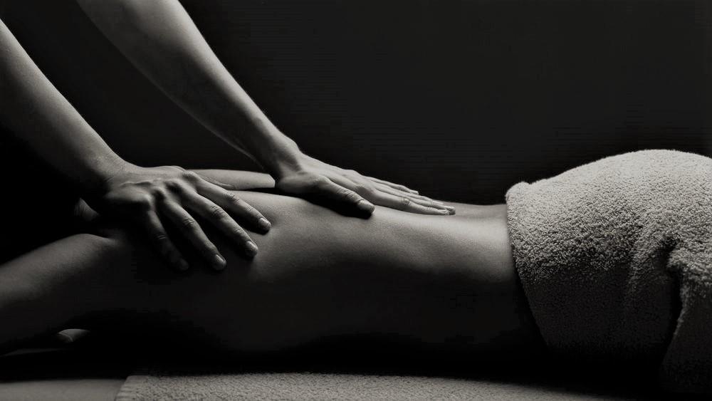 ~ Massage ~ Reserveer via toegewijdehanden.nl